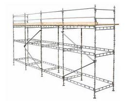 - Custers tømrerstillads 8x15 m